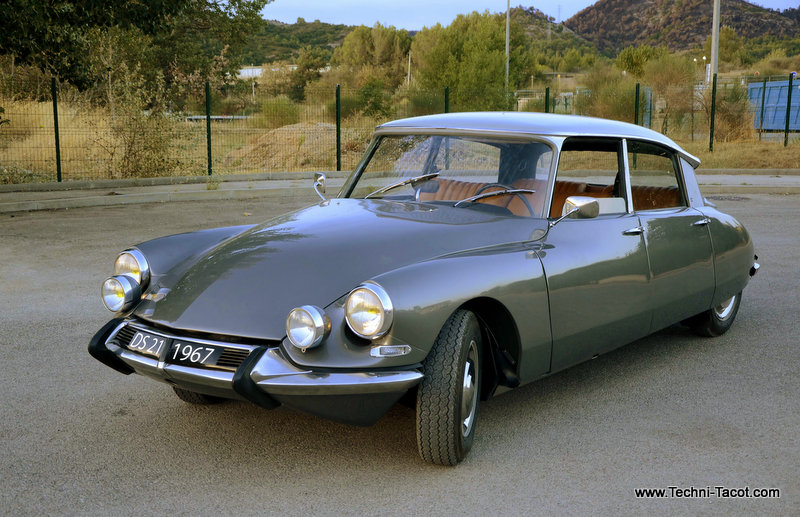DS 21 M - Pallas - salon 1967