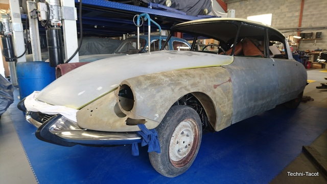 Carrosserie DS 21 M – Pallas – salon 1967