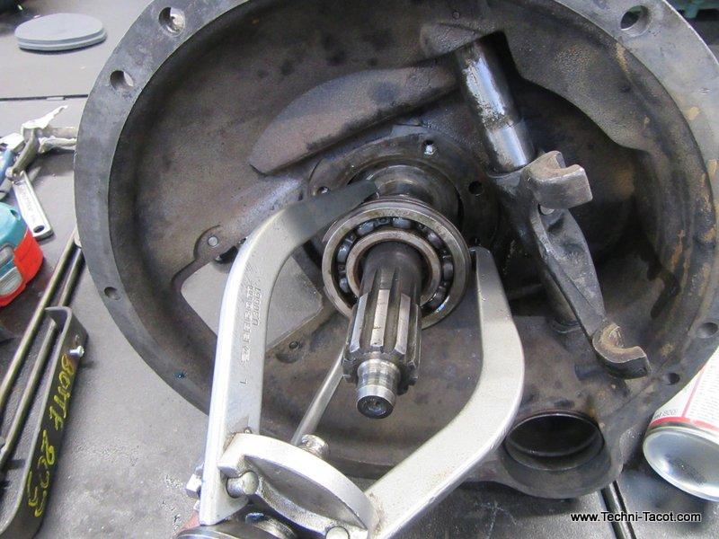 boite de vitesses ford vedette reparation