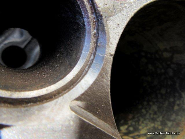 moteur ford v8 vedette soupape culasse