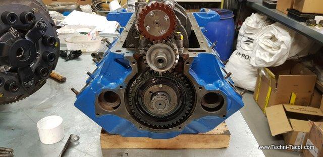 moteur v8 ford vedette refait