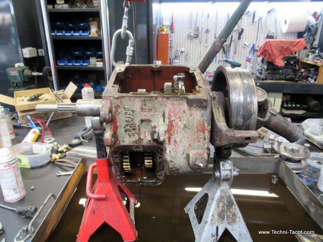 Démontage boite de vitesses dodge wc 51 Fargo