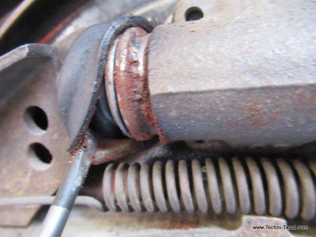 frein porsche 356 maitre cylindre