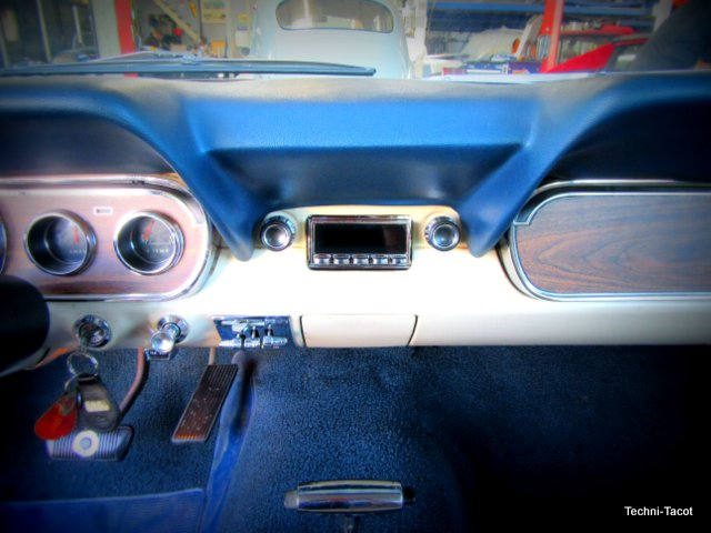 installation poste auto radio audio ford mustang