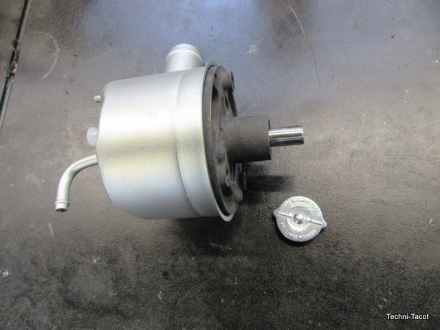 pompe hydraulique direction assistée ford mustang