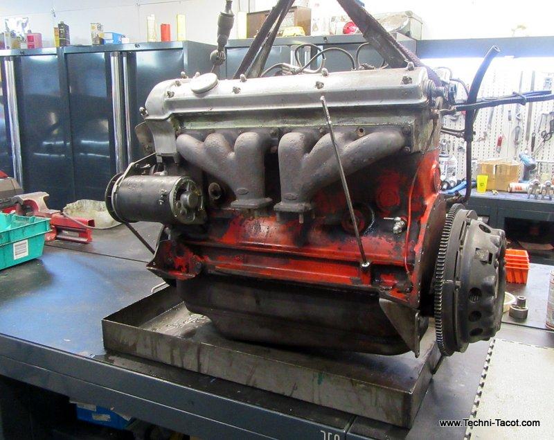 restauration Moteur 6 cylindres jaguar xk120 techni tacot
