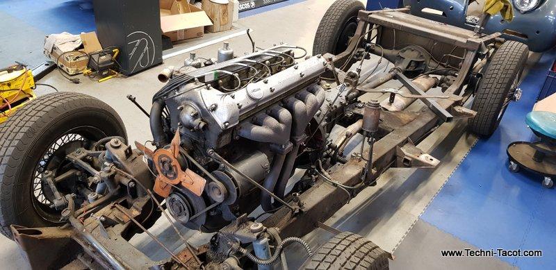 chassis motorisé jaguar xk 120 techni tacot restauration