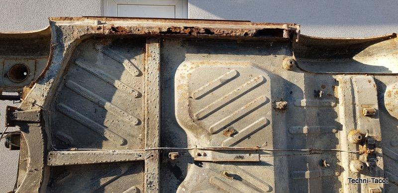 voiture trabant 601 remise en état réparation.jpg